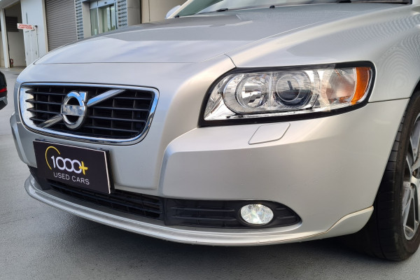 2012 Volvo S40 Vehicle Description. M  MY12 T5 Lifestyle SED GEAR 5sp 2.5T T5 Sedan Image 3