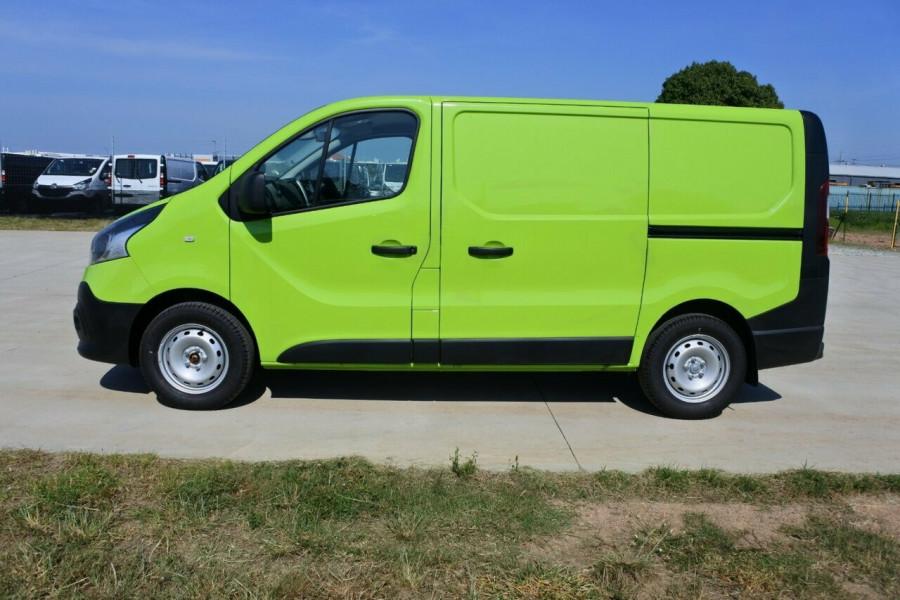 f1593d57b5 ... 2018 Renault Trafic L1H1 Short Wheelbase Twin Turbo Van ...