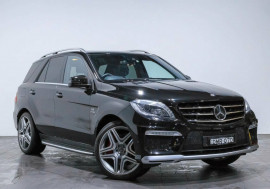 Mercedes-Benz Ml 63 Amg (4x4) Mercedes-Benz Ml 63 Amg (4x4) Auto