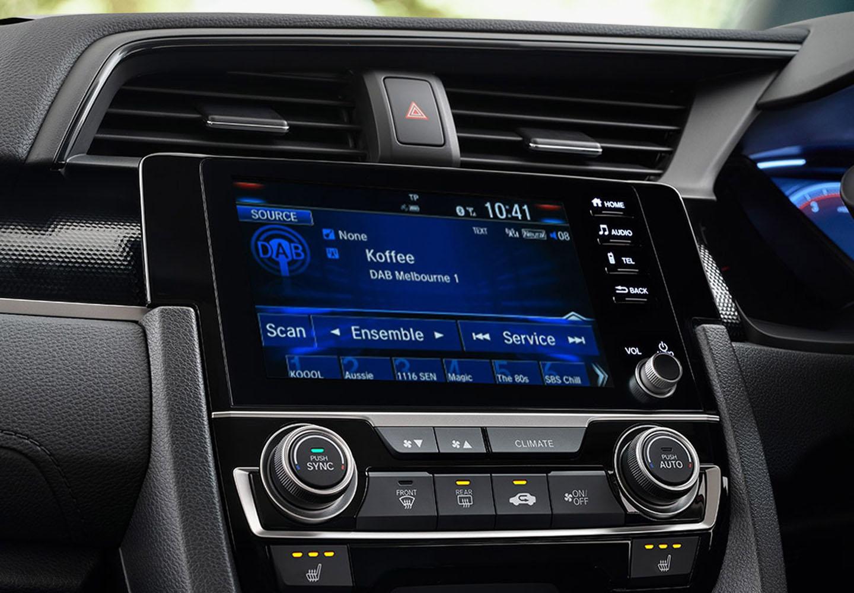 Civic Hatch DIGITAL RADIO (DAB+)*