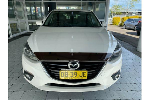 2016 Mazda 3 SP25 Hatchback Image 3