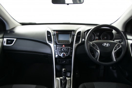 2015 MY16 Hyundai i30 GD3 Series II Active Hatchback Image 5