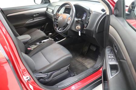 2017 MY18 Mitsubishi Outlander ZK MY18 LS Suv Image 4