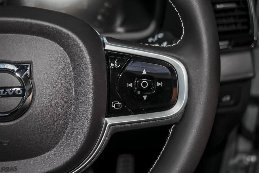 2021 Volvo XC90 L Series T6 R-Design Suv Image 18