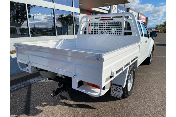 2016 MY17 Isuzu Ute D-MAX Turbo SX Cab chassis Image 3