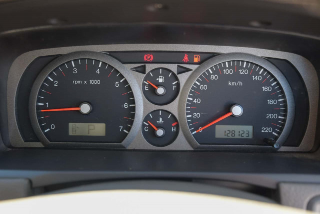 2003 Ford Fairmont BA Sedan Image 13