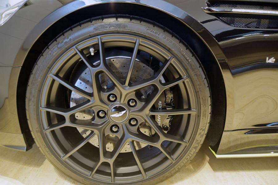 2019 Aston martin Rapide AMR 6.0L V12 8Spd Auto Sedan Image 6