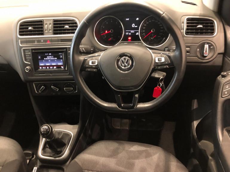 2015 Volkswagen Polo 6R 81TSI Comfortline Hatchback Image 6