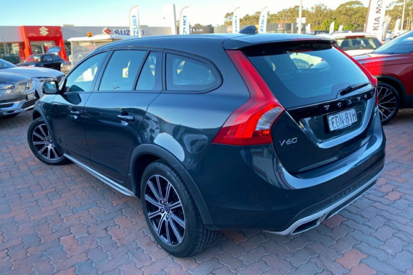 2015 MY16 Volvo V60 Cross Country F Series MY16 D4 Geartronic AWD Luxury Wagon Image 4