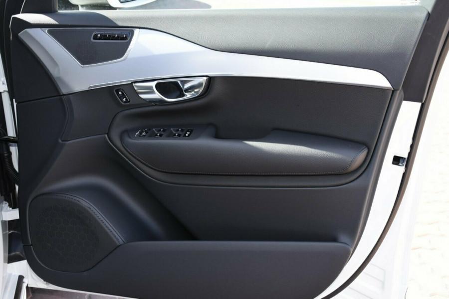 2019 Volvo XC90 L Series D5 Momentum Suv Mobile Image 5