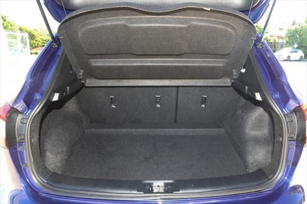 2015 Nissan QASHQAI J11 ST Suv Image 4