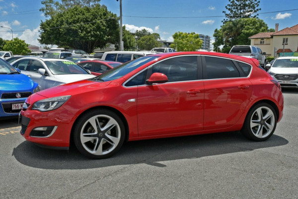 2012 Opel Astra AS Hatchback Image 5