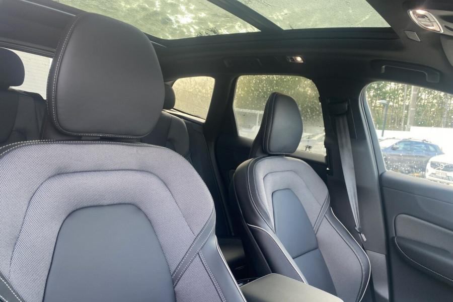2020 MY21 Volvo XC60 UZ T6 R-Design Suv Image 25
