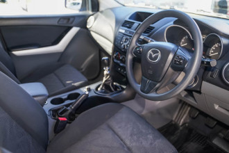 2015 Mazda BT-50 UP XT Cab chassis Image 4
