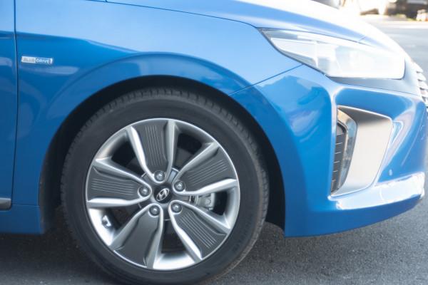 2018 MY19 Hyundai Ioniq AE.2 MY19 hybrid Image 4