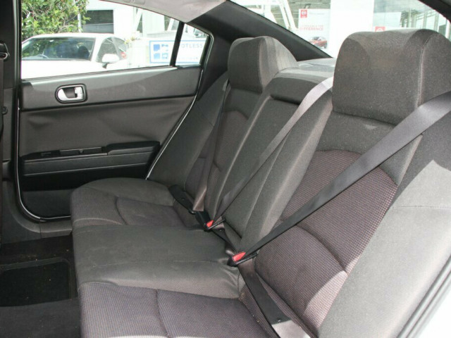 2006 Mitsubishi 380 DB Series 2 Platinum Edition Sedan
