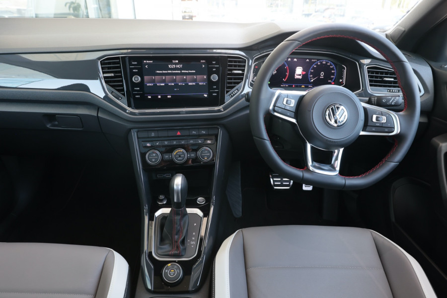 2020 Volkswagen T-Roc T-Roc Sport Wagon Image 9