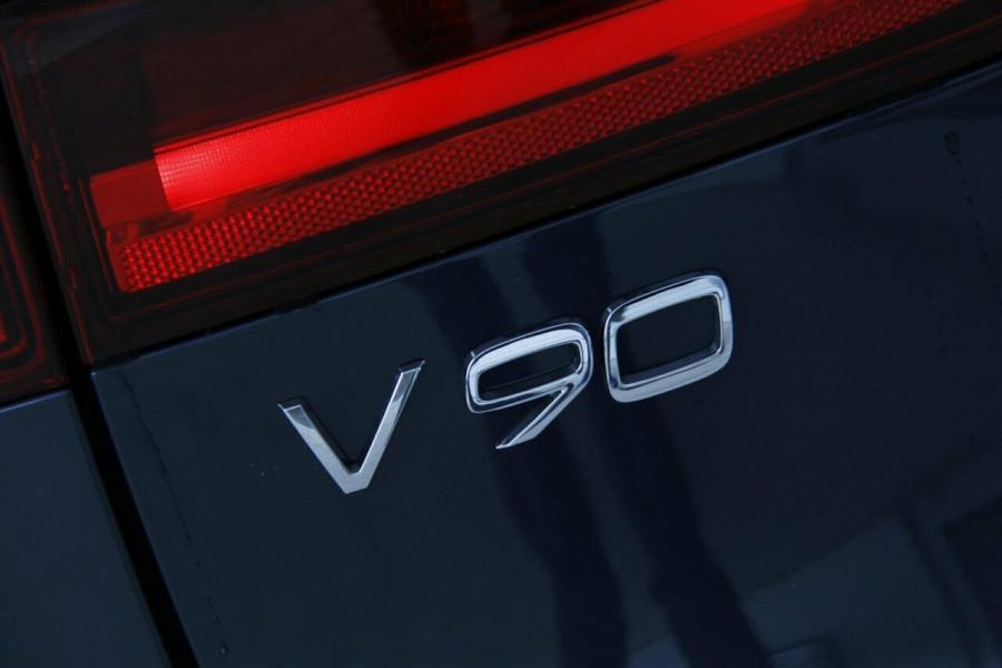 2019 Volvo V90 Cross Country D5 Wagon Mobile Image 20