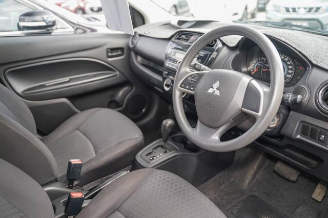 2015 Mitsubishi Mirage LA MY15 ES Hatchback Image 4