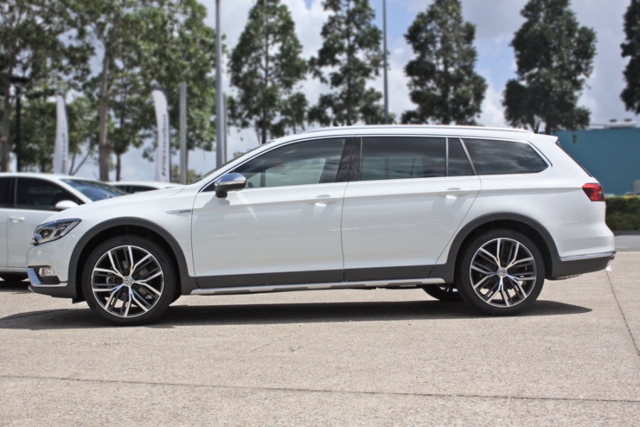 demo 2017 volkswagen passat alltrack v632788 mt gravatt. Black Bedroom Furniture Sets. Home Design Ideas