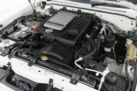 2013 Nissan Patrol Y61 GU 8 ST Suv