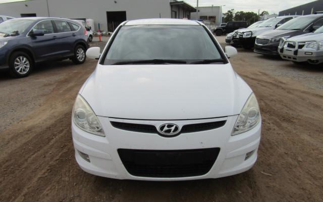 2008 Hyundai I30 FD SLX Hatchback Image 2
