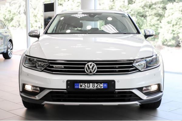 2016 Volkswagen Passat 3C (B8)  140TDI Alltrack Wagon Image 4