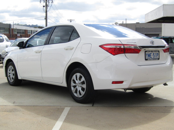 2014 Toyota Corolla ZRE172R Ascent Sedan Image 5