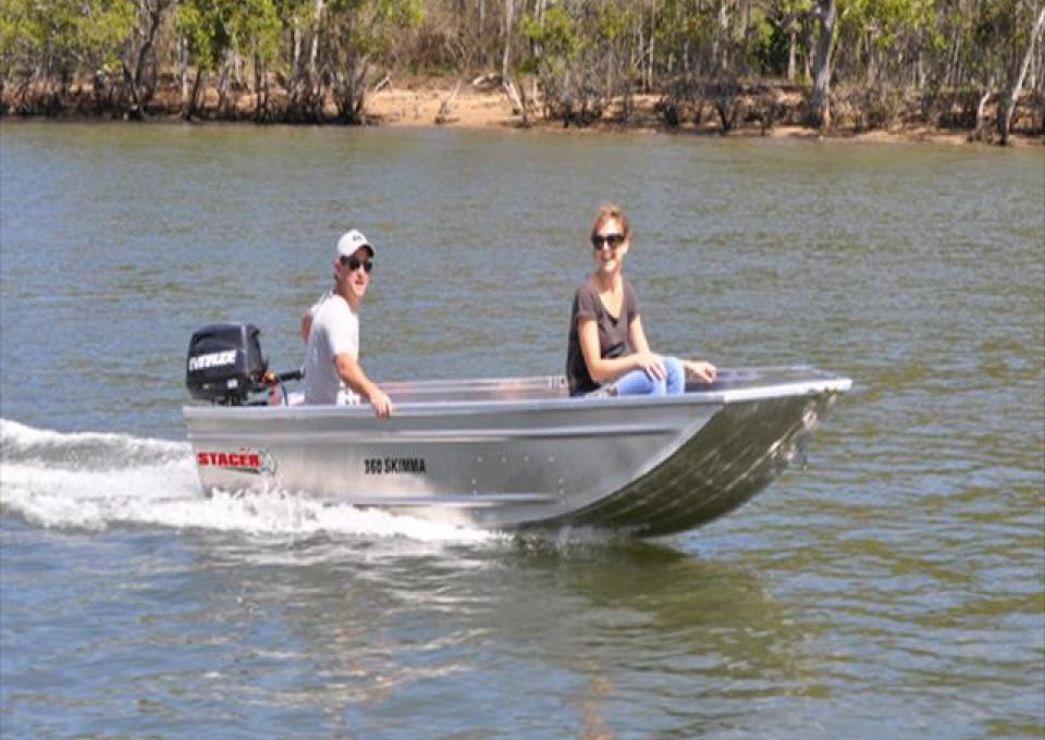 2017 Stacer Skimma Boat
