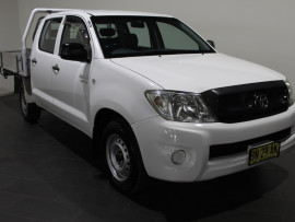 Toyota HiLux SR GGN15R