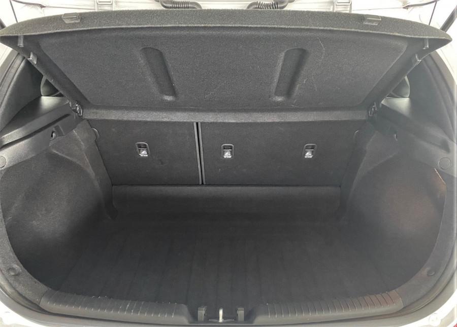 2018 Hyundai i30 PD Active Hatch Image 14
