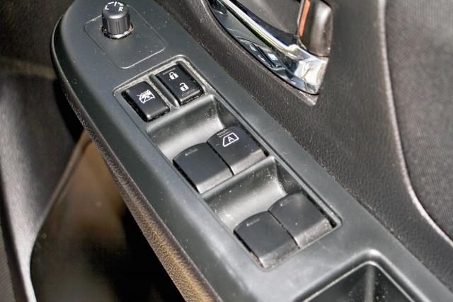 2012 Subaru Xv G4X MY12 2.0i-L Suv Image 12