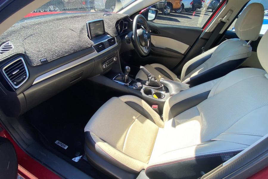2015 Mazda 3 GT Image 15