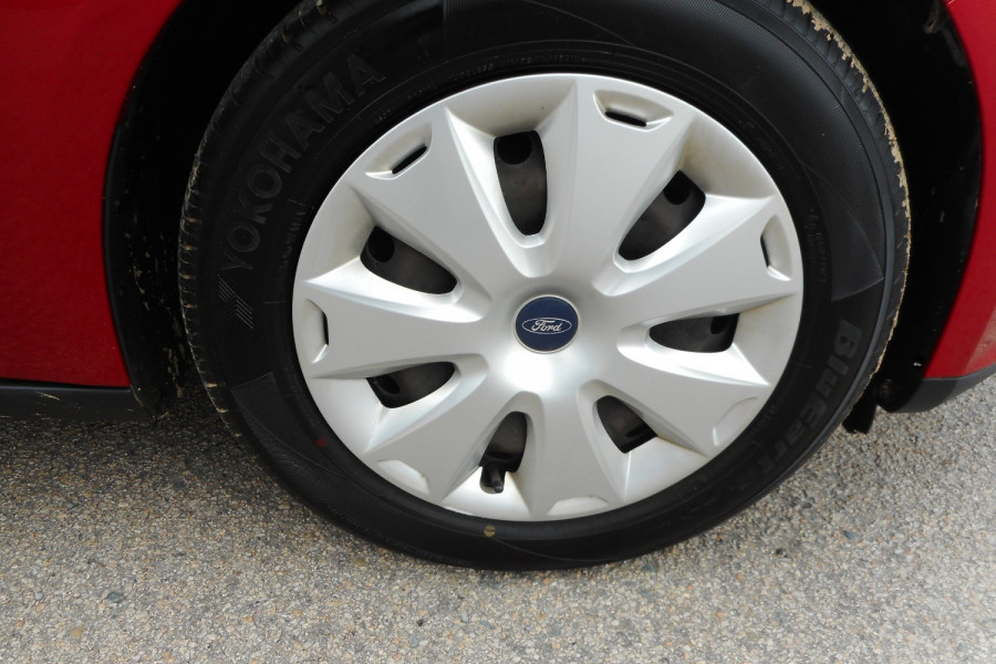 2012 Ford Focus LW  II AMBIENTE Hatchback Image 9