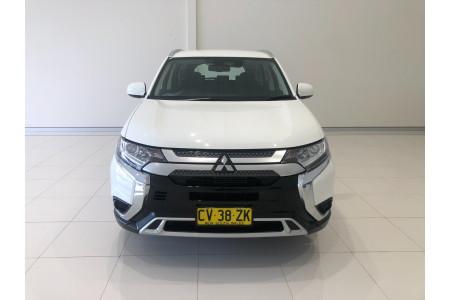 2019 Mitsubishi Outlander ZL ES Suv Image 3