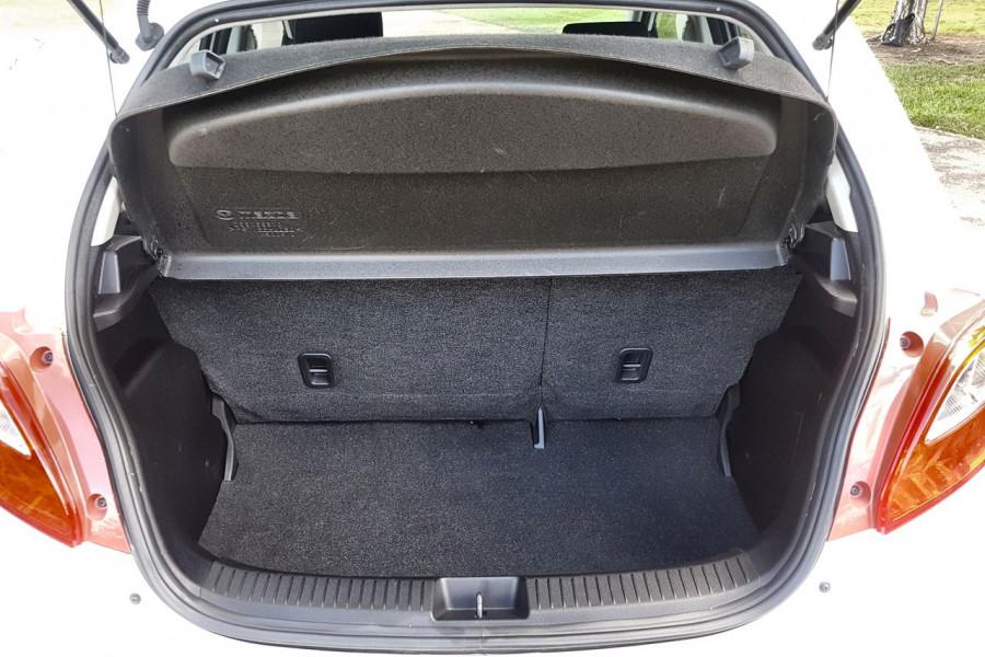 2014 Mazda 2 DE10Y2 MY14 Neo Hatch Image 13
