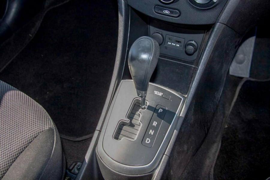 2013 Hyundai Accent RB2 Active Hatchback Image 10