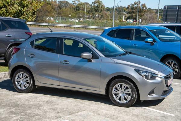 2017 Mazda 2 DJ Series Neo Hatchback Image 5