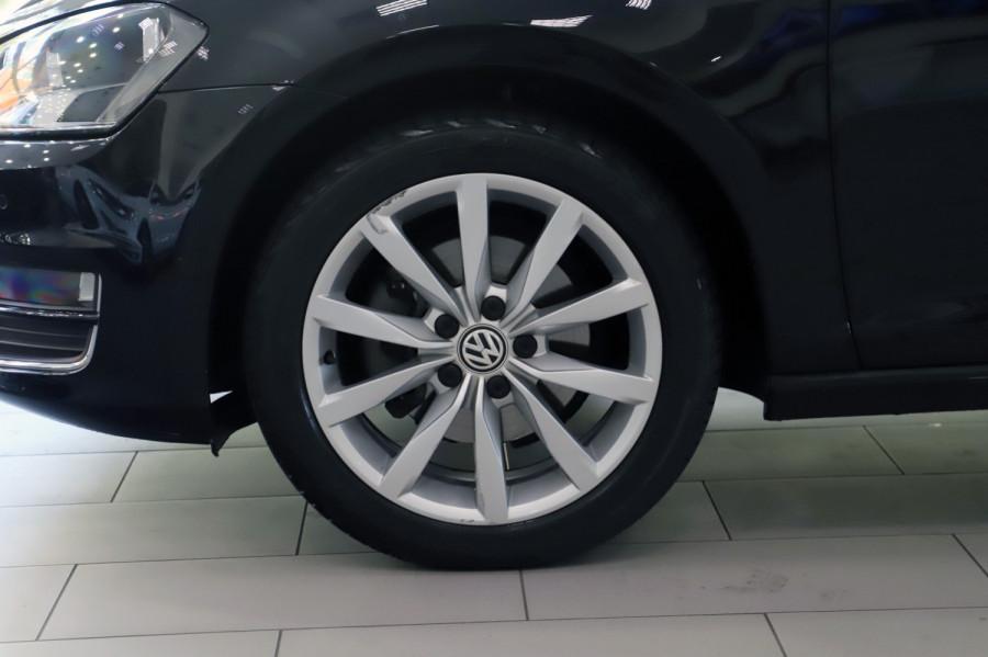 2016 MY17 Volkswagen Golf VII  110TSI Highline Hatch Image 19