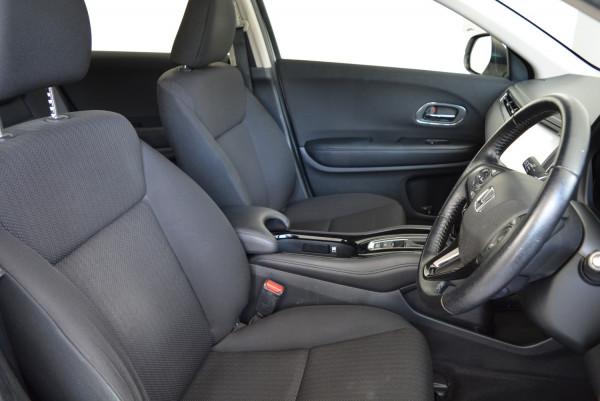 2016 Honda HR-V VTi-S Hatchback