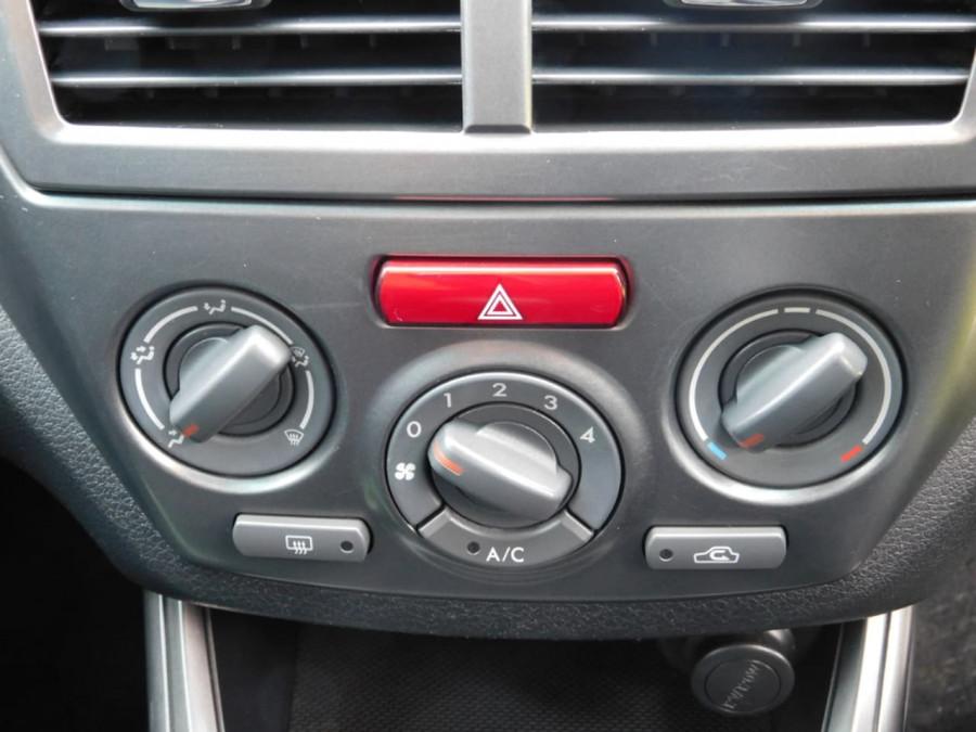 2011 Subaru Impreza G4 2.0i Hatchback