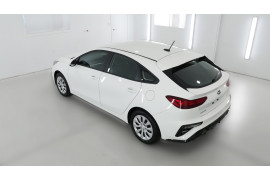 2021 MY20 Kia Cerato BD S with Safety Pack Hatchback Image 4