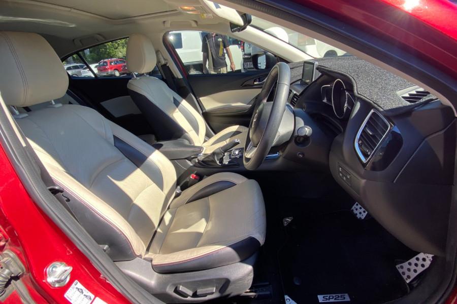 2015 Mazda 3 GT Image 10