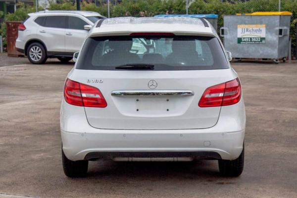2012 Mercedes-Benz B180 246 BE Hatchback Image 4