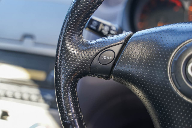 2000 Toyota Celica ZZT231R SX Liftback Image 8