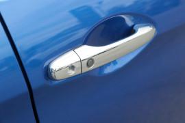 2015 Honda CR-V Vehicle Description. RM  II MY16 VTi-L WAG SA 5sp 2.0i VTi-L Suv Image 5