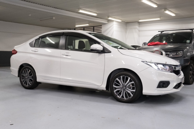 2020 Honda City GM VTi-L Sedan Image 3