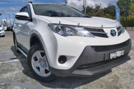 Toyota RAV4 GX ZSA42R