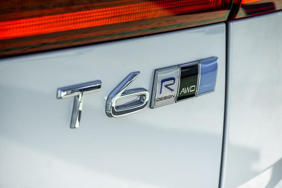 2018 Volvo XC60 UZ T6 R-Design Suv Mobile Image 19