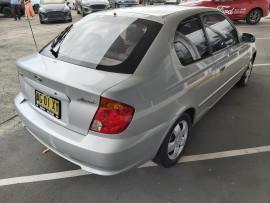 2005 MY04 Hyundai Accent LC  GL Hatchback image 3